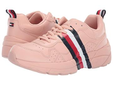 Tommy Hilfiger Envoy (blush) Women's Shoes