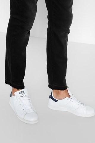 7 For All Mankind Paxtyn Skinny With Released Hem In Black