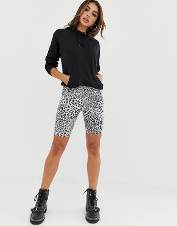 Asos Design Legging Short In Snow Leopard Print - White