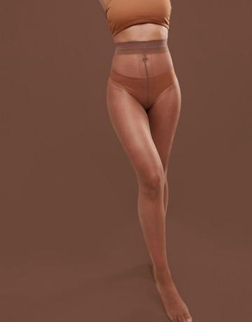 Nubian Skin Matte 10 Denier Nude Tights In Medium - Beige