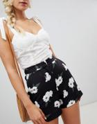 Warehouse Tailored Shorts In Floral Print - Black