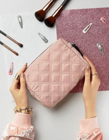 New Look Quilted Makeup Bag - Pink