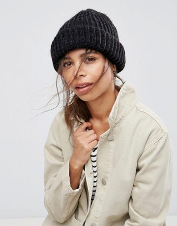 Pieces Knitted Beanie - Gray