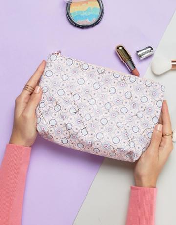 New Look Tile Print Makeup Bag - Pink