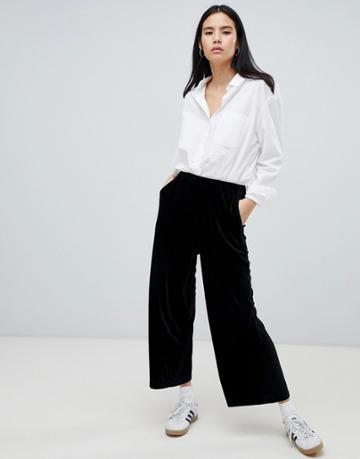 Dr Denim Abel Crop Pants In Velvet Exclusive To Asos - Black