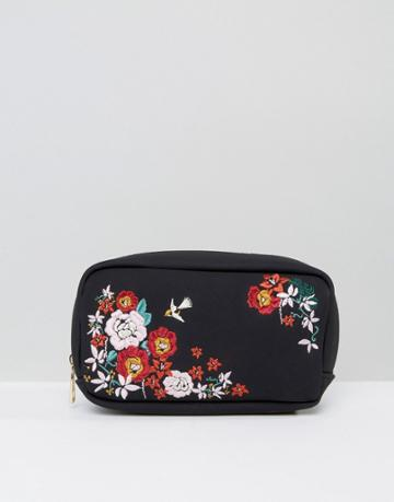 New Look Large Embroidered Makeup Bag - Black