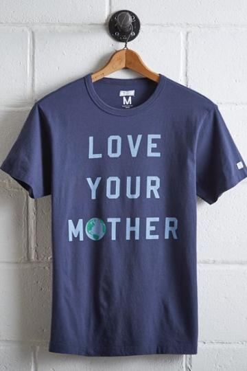 Tailgate Men's Love Your Mother T-shirt