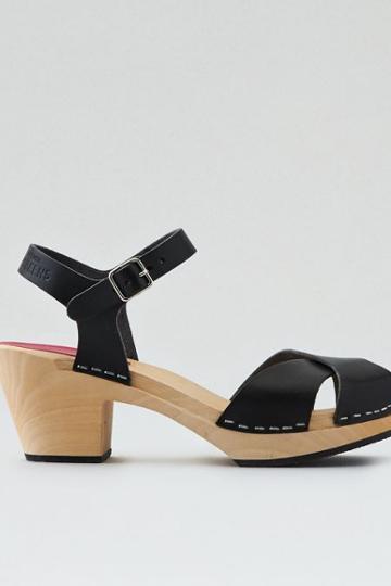 American Eagle Outfitters Swedish Hasbeens Mirja Heel
