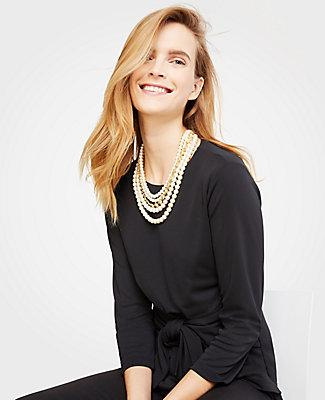 Ann Taylor Daisy Pearlized Necklace