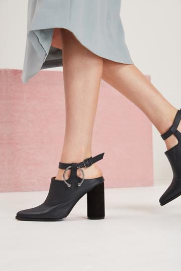 Jaggar Footwear Jaggar Footwear Diverge Block Heel Black