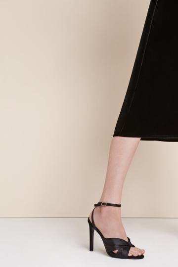 Jaggar Footwear Turn Heel Black