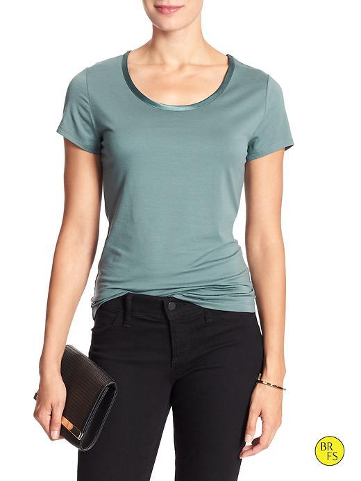 Banana Republic Factory Luxe Touch Tee Size L - Fossil Blue