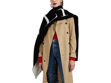 Valentino Garavani Women's Reversible Logo Wool-cotton Scarf