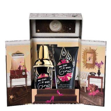 Benefit Cosmetics My Place Or Yours Gina Exclusive Crescent Row Set