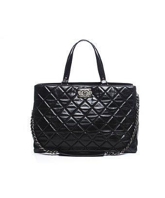 Chanel Pre-owned Chanel Black Glazed Calfskin Boy Tote Bag