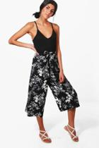 Boohoo Willow Monochrome Floral Wide Leg Culottes Black