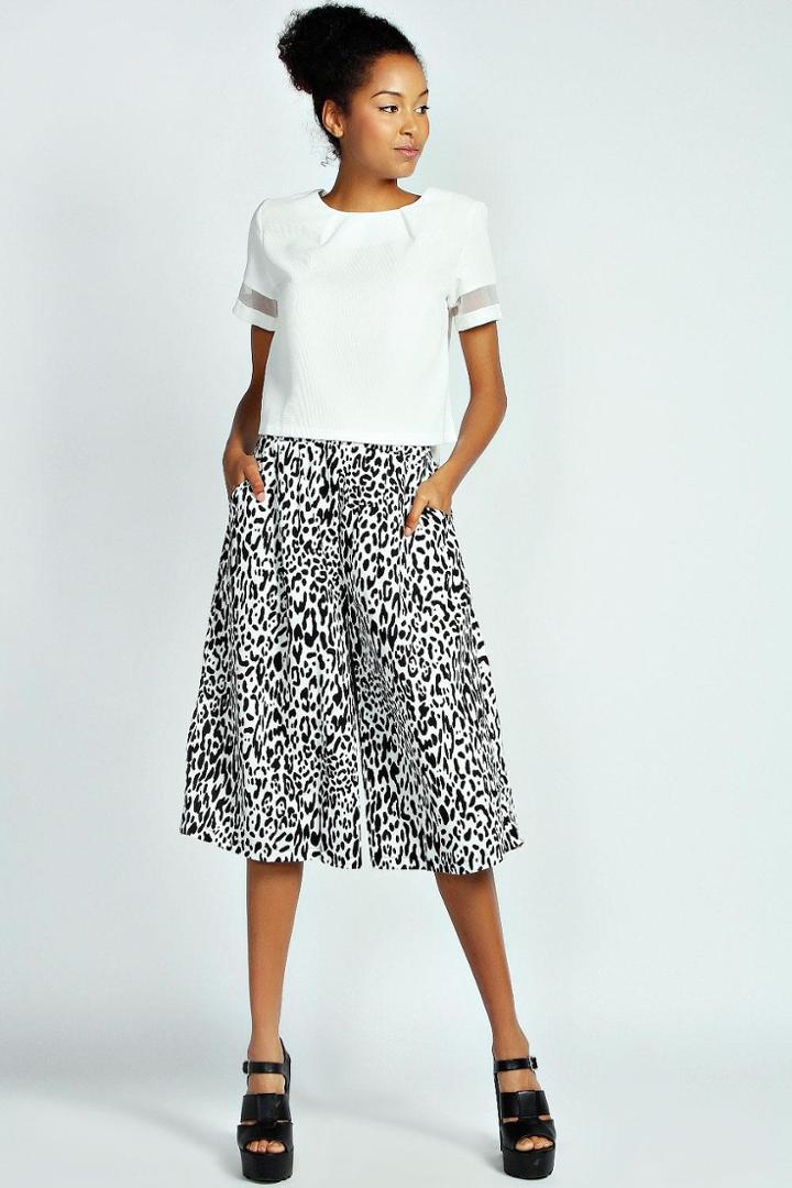Boohoo Mae Monochrome Leopard Print Wide Leg Culottes - Multi