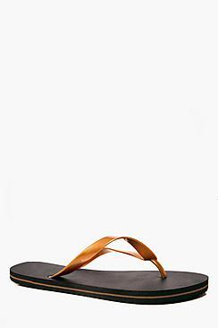 Boohoo Contrast Strap Flip Flops