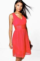 Boohoo Boutique Su Panelled Sleeveless Skater Dress