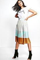 Boohoo Amelle Pleated Colour Block Satin Midi Skirt