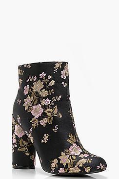 Boohoo Fiona Floral Embroidered Cylinder Heel Boot
