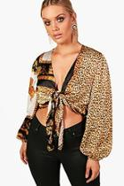 Boohoo Plus Kirsty Chain Print Tie Front Top