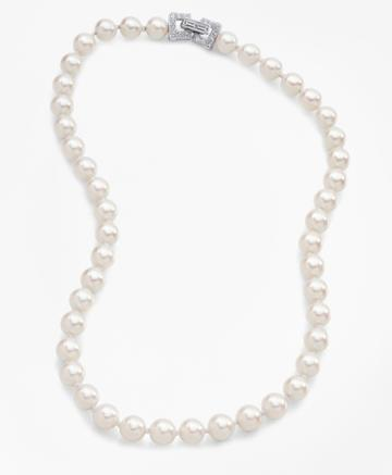Brooks Brothers Women's Glass Pearl Necklace
