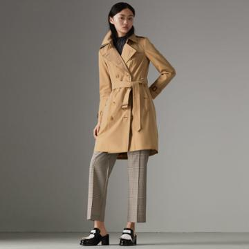 Burberry Burberry The Chelsea Heritage Trench Coat, Size: 12, Beige