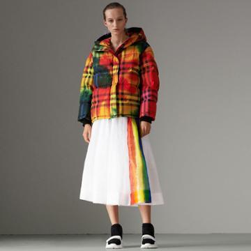 Burberry Burberry Tie-dye Print Vintage Check Puffer Jacket, Size: L
