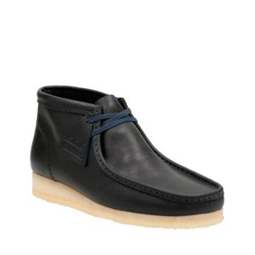 Clarks Wallabee Boot In Navy Tumbled Leather