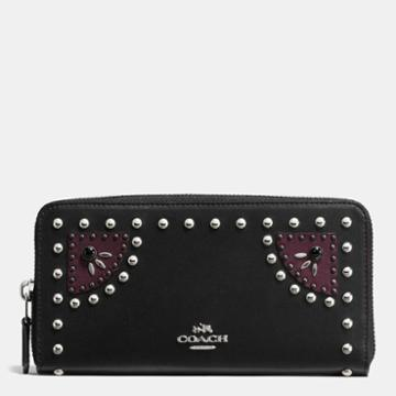 Coach Accordion Zip Wallet In Glovetanned Leather With Western Rivets
