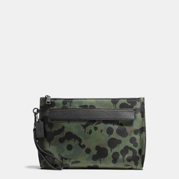 Coach Pouch In Wild Beast Pebble Leather