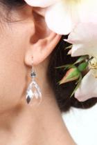 Heather Gardner - Single Drop Crystal Earring