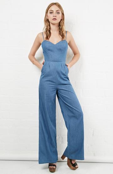 Dailylook Lovers + Friends Denim Gardenia Jumpsuit In Blue S - M At Dailylook