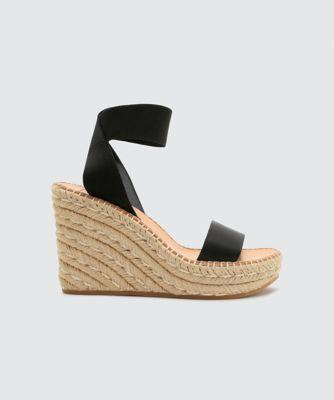 Dolce Vita Pavlin Wedges Black