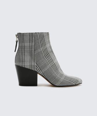 Dolce Vita Coltyn Booties Black/white