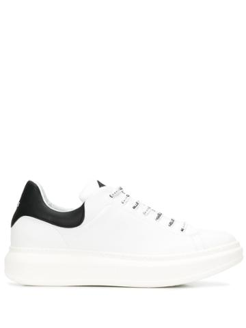 Gaelle Bonheur Branded Laces Sneakers - White