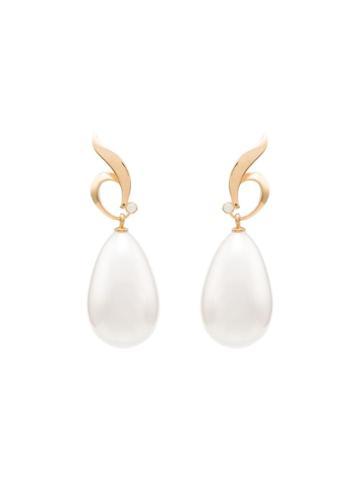Apples & Figs 24kt Gold Vermeil Vanity Of The Pearl Earrings