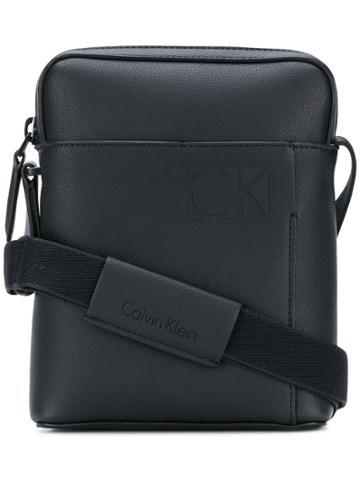 Calvin Klein Jeans Small Messenger Bag - Black