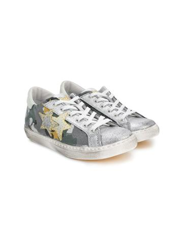 2 Star Kids Teen Star Patch Sneakers - Grey