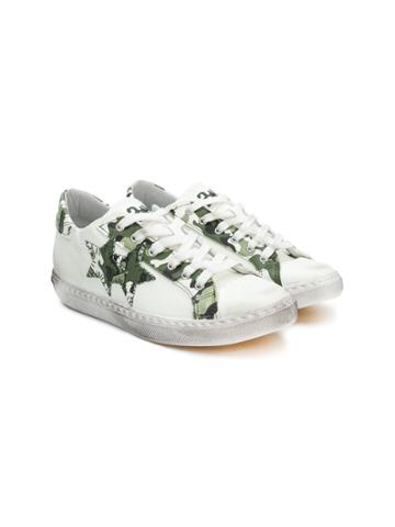 2 Star Kids Teen Camouflage Trim Sneakers - White