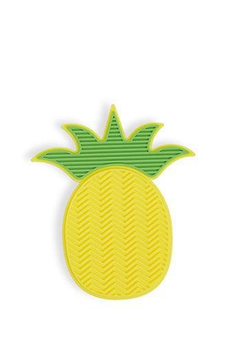 Forever21 Pineapple Makeup Brush Cleaner