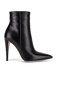 Gianvito Rossi Scarlet Ankle Heel Booties In Black