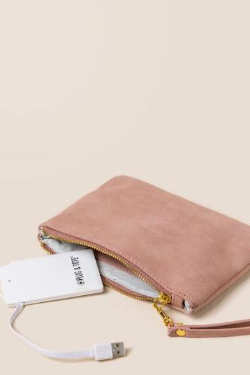 Francesca's Sierra Tech Charger Clutch - Blush