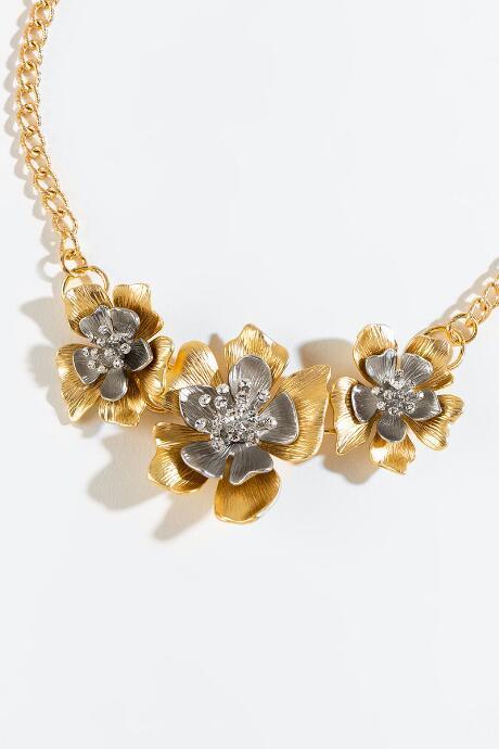 Francesca's Gina Metal Flower Statement Necklace - Gold