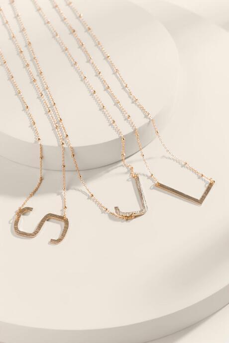 Francesca's Mia Large Initial Necklace - C