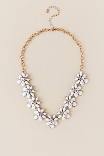 Francesca's Lily Floral Statement Necklace - White