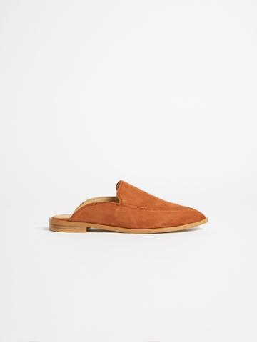 Frank + Oak Pointy Mule In Golden Brown