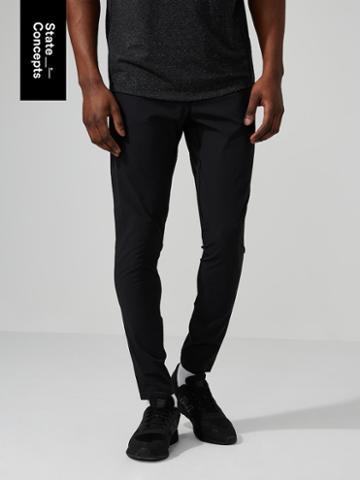 Frank + Oak Sc Motionflex Pant In True Black