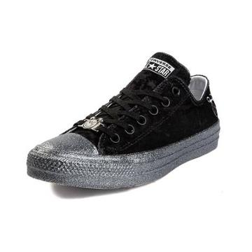 Womens Converse X Miley Cyrus Chuck Taylor All Star Lo Velvet Sneaker